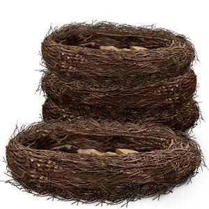 Гнездо плетеное
