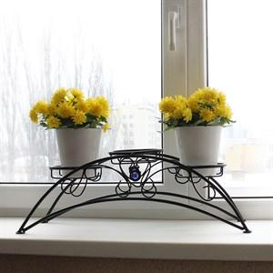 Кованая подставка для цветов на подоконник