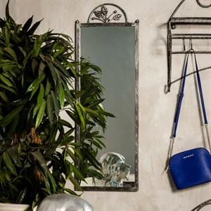 Зеркало с кованой рамой