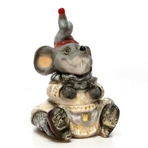Фигура Крыса в платье